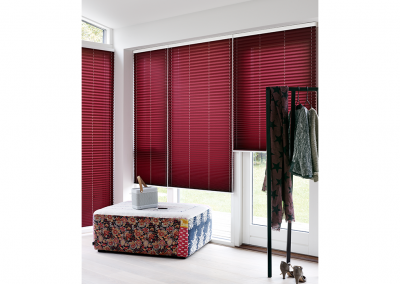nedrulnings gardiner rød